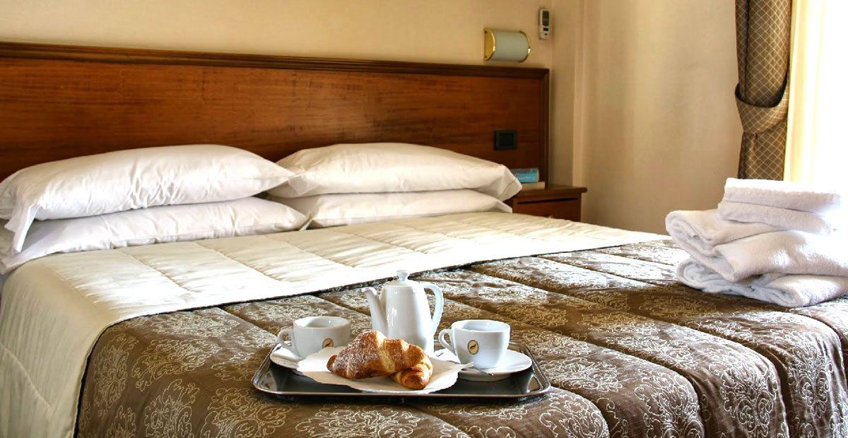 Acogedor Hotel Pausania Inn
